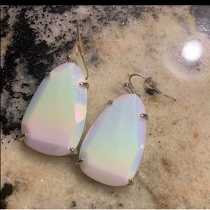 Iridescent drop classic earrings